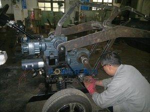R系列和K系列减速机应用电动装载机